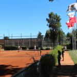 Se puede ingresar a las canchas de tenis sin problema.