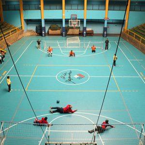 Imagen desde altura de un partido de goalball